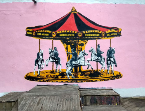"LAPIZ paints ""Climate Carousel"" at Gaengeviertel"